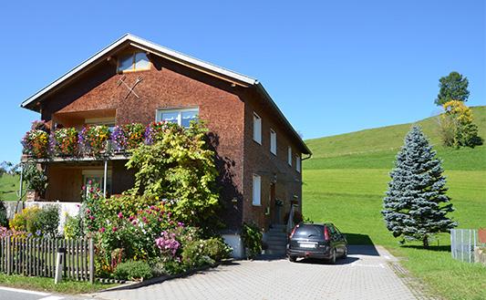 ヨーロッパの自然素材の家イメージ写真